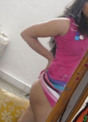 Horny indian hottie making selfshot xxx upskirt pics at home. - XXXonXXX - Pic 9