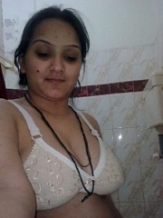 Amateur indian girl posing in white bra and tight - XXXonXXX - Pic 3