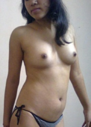 Indian amateur chick slowly slips out her tight dress and showing her yummy tits. - XXXonXXX - Pic 8
