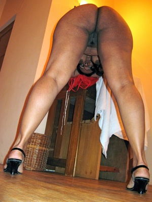 Shaved pussy indian plumper slips out her sexy pink lingerie. - XXXonXXX - Pic 14
