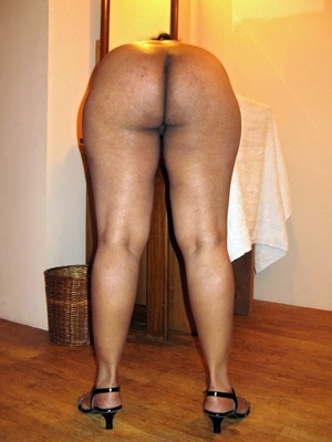 Shaved pussy indian plumper slips out her sexy pink lingerie. - XXXonXXX - Pic 15