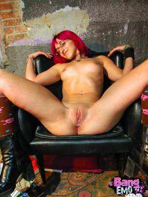 Naked emo slut with shaved pussy getting drilled hard. - XXXonXXX - Pic 7
