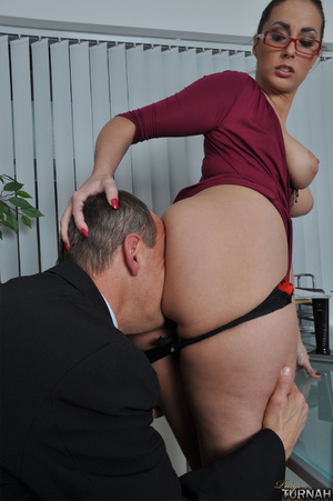 Sexi secretary mil in black undies gets  - Picture 4
