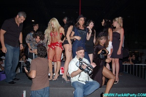 Reality porn pics of sex party hotties willinlgy posing in exclusive outfits and lingerie on a cam. - XXXonXXX - Pic 5