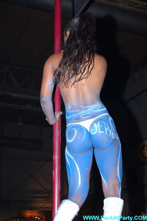 Xxx party blue painted striper girl in white panties looking so sexy while dancing on the pole in public. - XXXonXXX - Pic 3