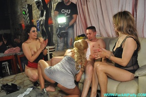 Orgy party pics of real amateur dude gets his ass hole fingered and cock sucked by three babes. - Picture 12