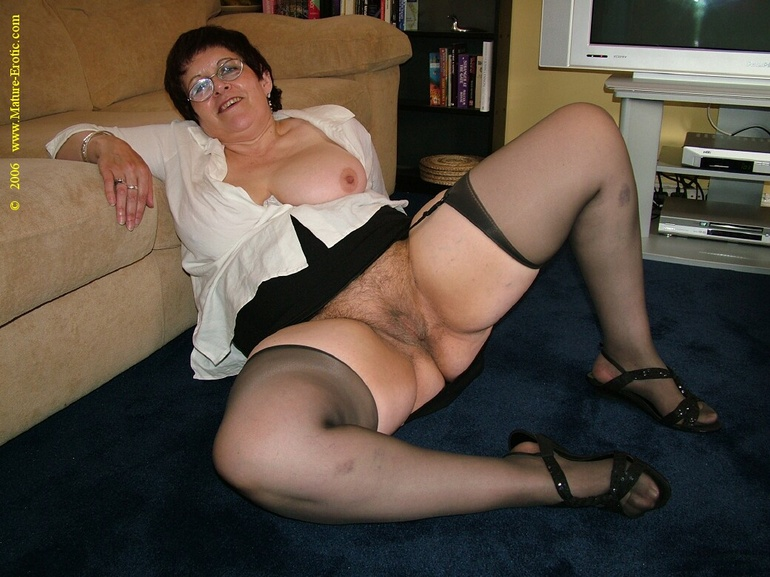 Marshall recommend Brunette coed stocking video thumbs