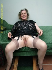Look at these mature wives exposing their - XXX Dessert - Picture 5