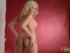 Blonde erotic adult actress slowly slips - XXX Dessert - Picture 15