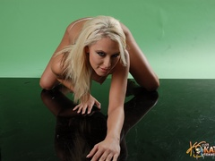 Awesome blonde porn star slips out her - XXX Dessert - Picture 10