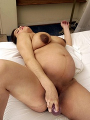 Push your hands under her white pregnant - XXX Dessert - Picture 14