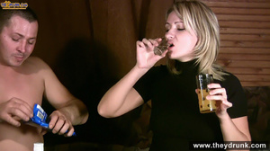 Tipsy blond girl gets naked spreads her legs for her man then sucks him - XXXonXXX - Pic 4
