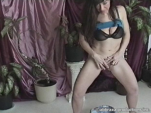 Did Pissing all she had before caressing twat with … - XXXonXXX - Pic 2