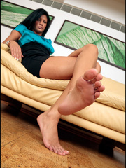 Her foot xxx is better than - Sexy Women in Lingerie - Picture 3