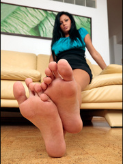Her foot xxx is better than - Sexy Women in Lingerie - Picture 15