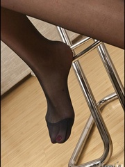 Ready to die for the sake of foot - Sexy Women in Lingerie - Picture 6