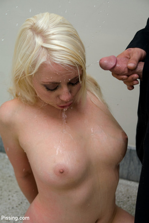 Had a goldenshower from her peeing Casanova into mouth and between boobs - XXXonXXX - Pic 2