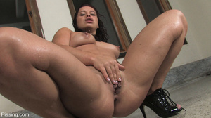 Had her fatso body peed by two amateurs of pee for several seconds - XXXonXXX - Pic 14