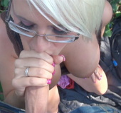 Pretty blonde was thanked for public blowjob…