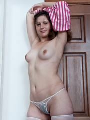 That�s how I am standing - Sexy Women in Lingerie - Picture 4