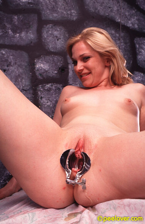 Get that tool out of your thing in order to pee in a normal way! - XXXonXXX - Pic 10
