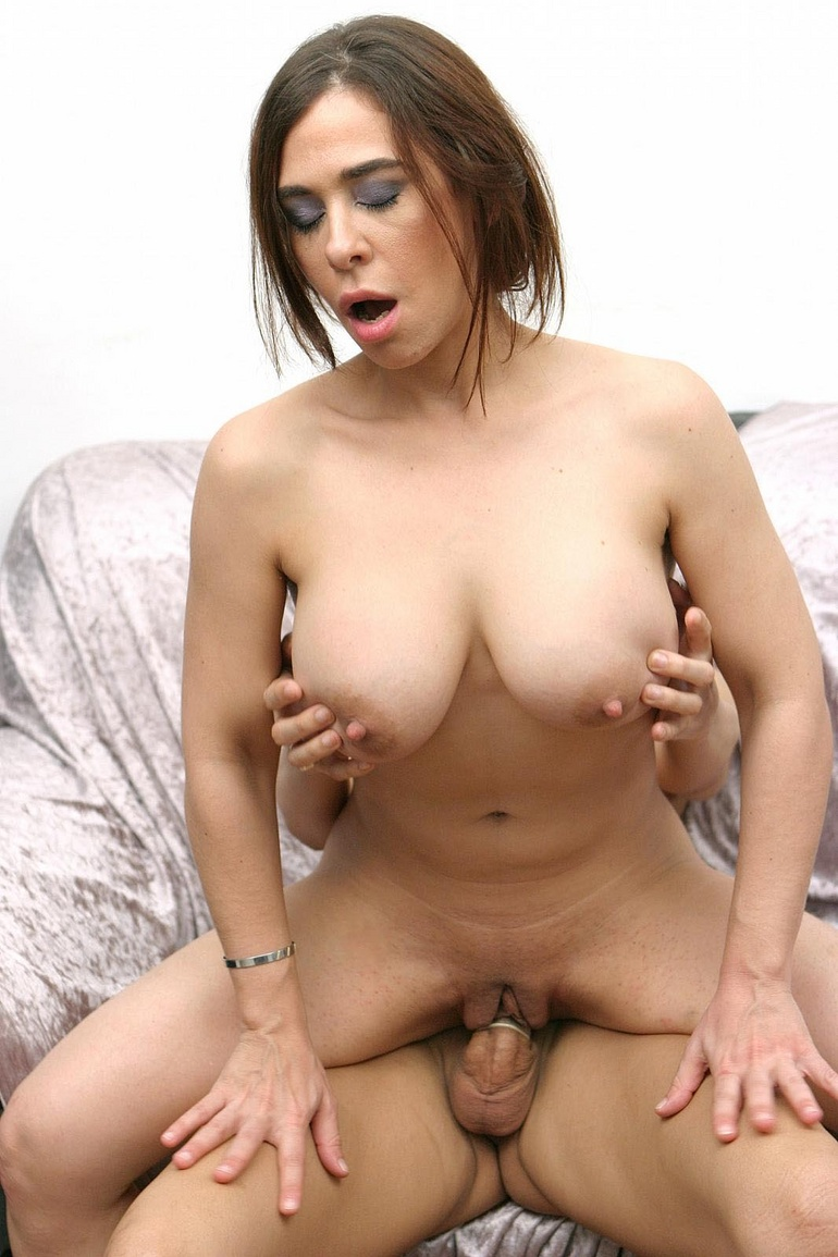 Latina nude hot!!!!!!!!!