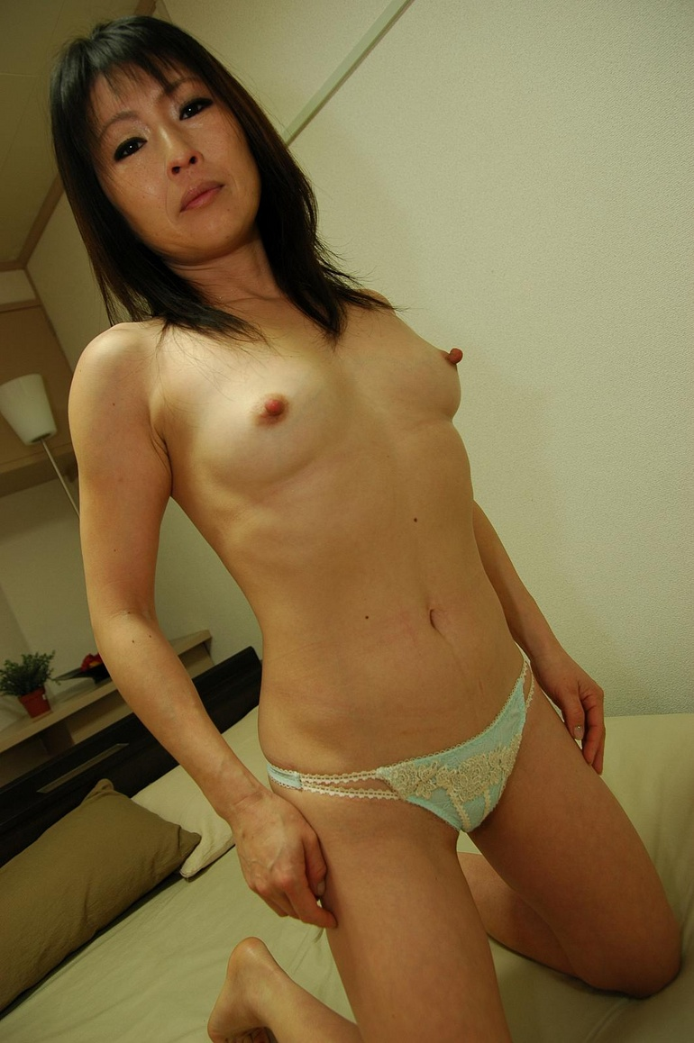 Teen girls older women