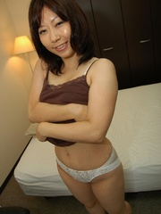 Dark haired japanese cougar chick - Sexy Women in Lingerie - Picture 4