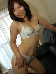 Dark haired japanese cougar chick - Sexy Women in Lingerie - Picture 5