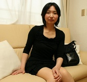 Mature asian cougar babe gets her hairy snatch…