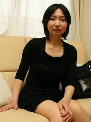 Mature asian cougar babe gets her - Sexy Women in Lingerie - Picture 1