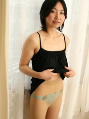 Mature asian cougar babe gets her - Sexy Women in Lingerie - Picture 2