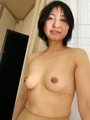 Mature asian cougar babe gets her - Sexy Women in Lingerie - Picture 3