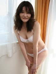 Bushy twta asian granny slips out - Sexy Women in Lingerie - Picture 3
