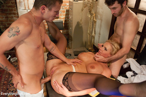 Sexy doctor gets double penetrated for f - XXX Dessert - Picture 11