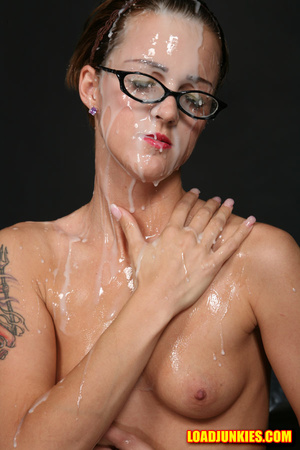 Nerdy babe with small tits and shaved pussy likes a lot of jizz on her face - XXXonXXX - Pic 5
