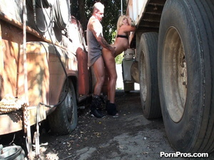 Gabbing a super sex-appeal sex in public MILF by the wheel of the unkempt truck - XXXonXXX - Pic 15