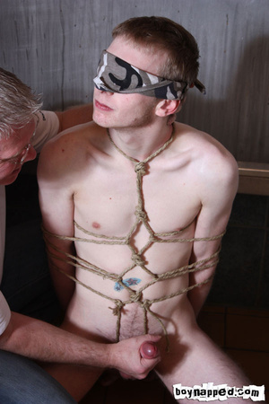 Doing free gay porn blowjob is done the best when eyes are covered - XXXonXXX - Pic 4