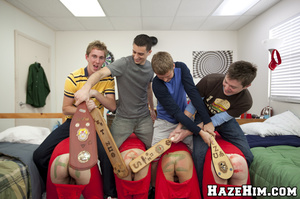 Why demonstrating all those naked gay xxx asses? - Picture 6