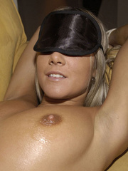 Blindfolded babe Sandra in white stockings and high heels spreads her .. - picture 10