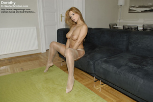 Small tits Susanna gets roped i nthe bat - XXX Dessert - Picture 14