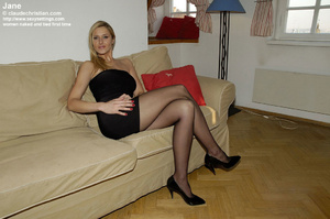Elegant tall babe Jane in crotchless pan - XXX Dessert - Picture 1