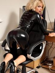 Be happy about the latex sex sluts - Sexy Women in Lingerie - Picture 8