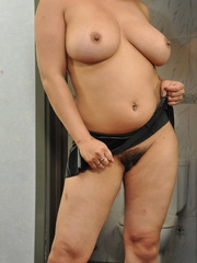 Plump blonde milf pulls down her - Sexy Women in Lingerie - Picture 2