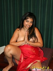 Perhaps, we could make some Indian - Sexy Women in Lingerie - Picture 15