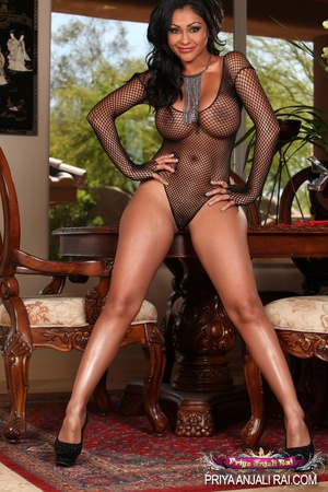 Saddled that brown Indian sex dildo in a - XXX Dessert - Picture 1