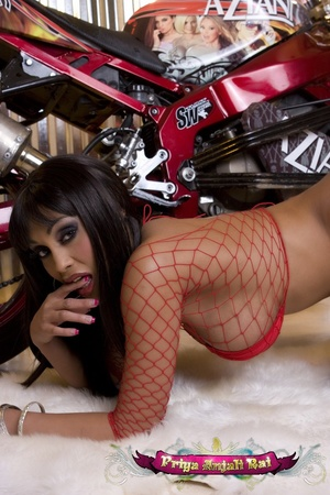 Intend to drive your Indian sex bike int - XXX Dessert - Picture 7