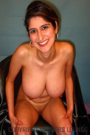 Busty Indian sex miss is enjoying the hottest pleasure! - XXXonXXX - Pic 6