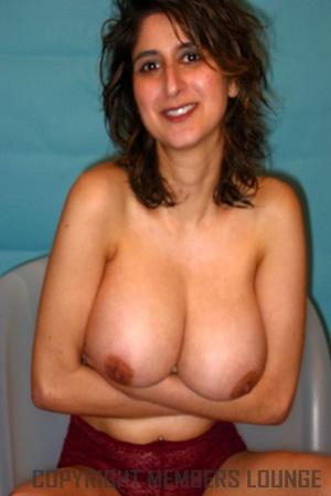 Busty Indian sex miss is enjoying the hottest pleasure! - XXXonXXX - Pic 12