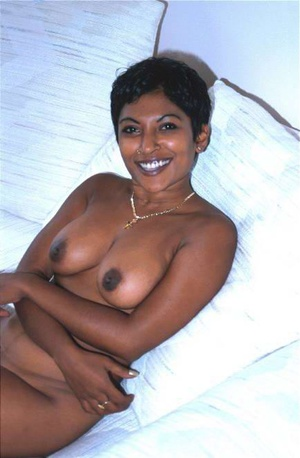 Hot brown Indian sex lovely is showing off herself - XXXonXXX - Pic 8